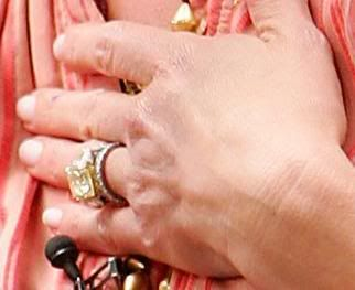 Faith Hill / Canary Diamond engagement ring she has 3 engagement ...