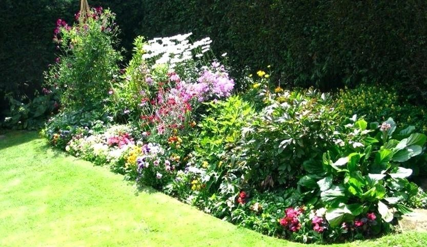 perrenial garden layout garden enchanting flower garden ...