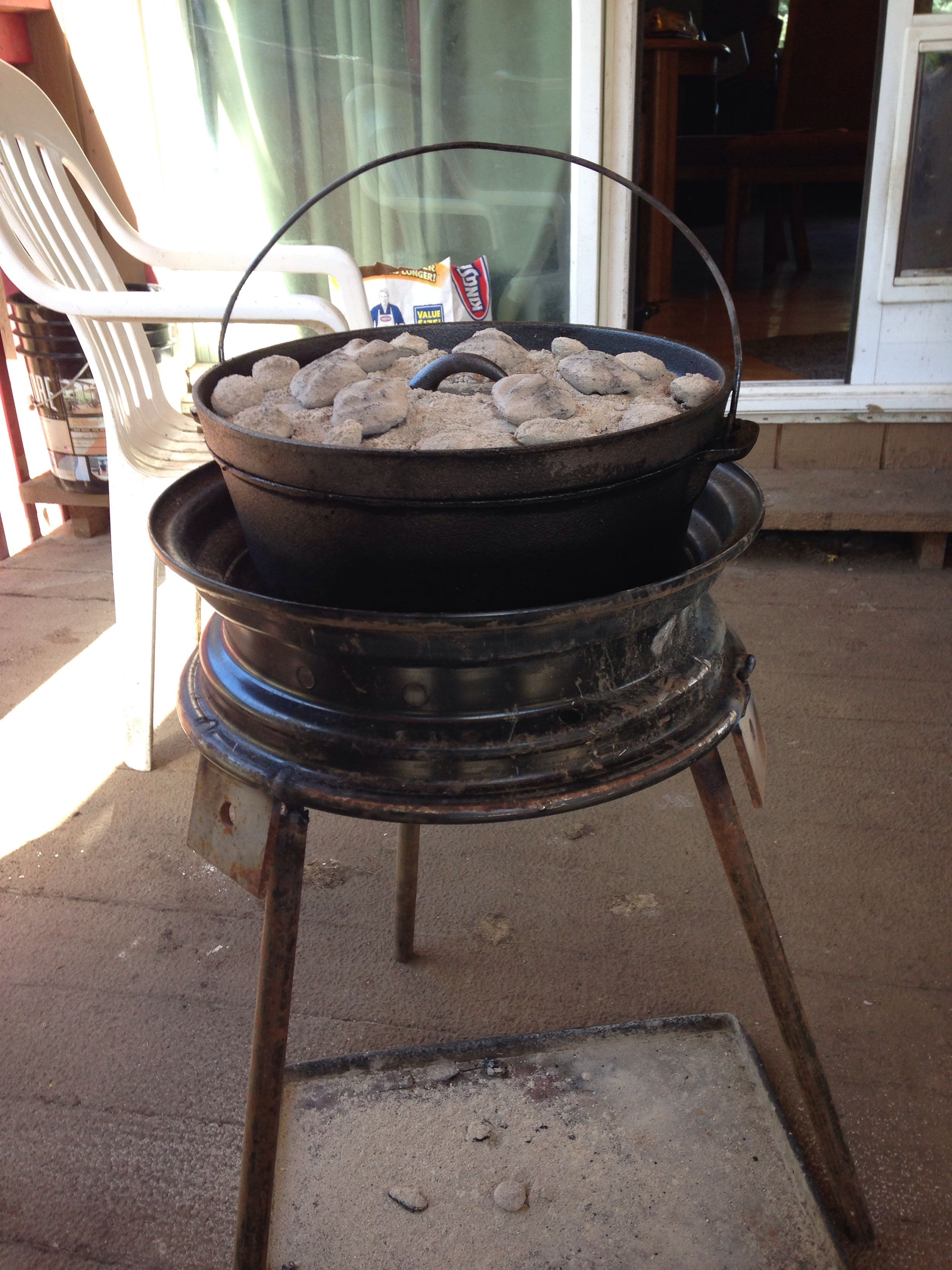 Cool Diy Old Tire Rim Dutch Oven Stand With Removable Legs Home Interior And Landscaping Spoatsignezvosmurscom