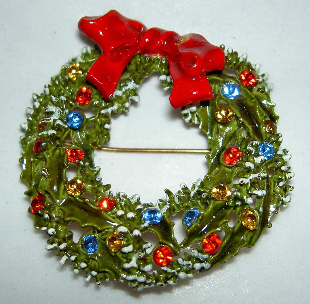 1960's Signed ART Enamel Color Rhinestone Christmas Wreath Bow Pin.