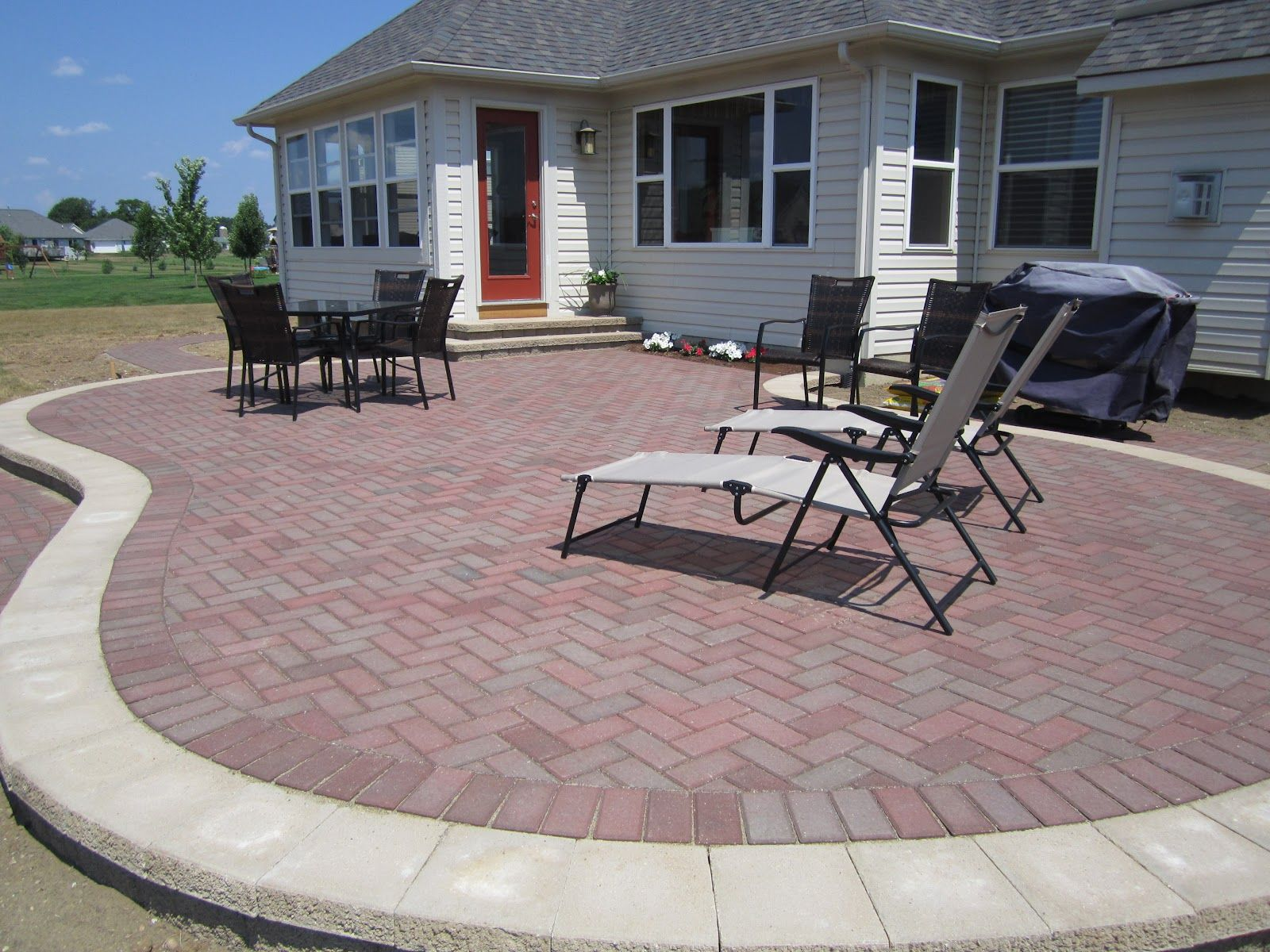Perfect Simple And Beautiful Raised Brick Pavers Patio Installed   Deck Pavers
