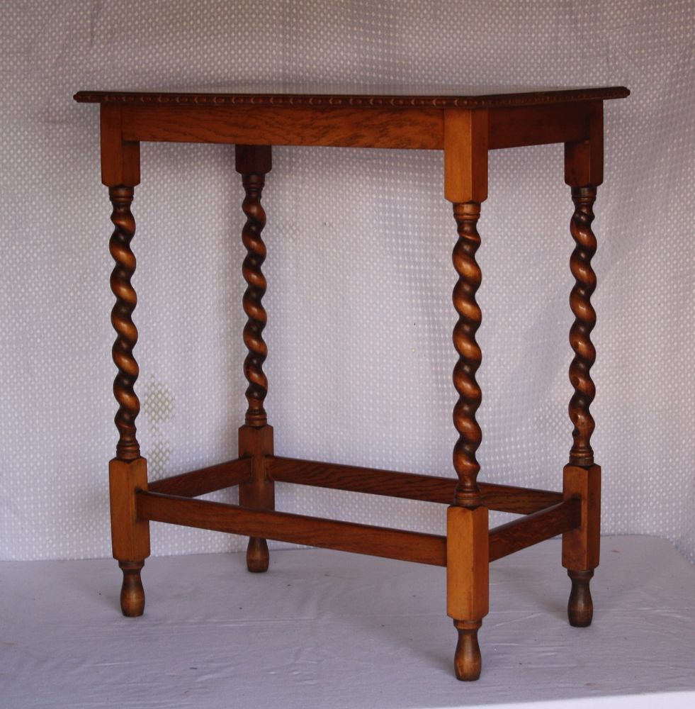 Vintage 1930s Oak Side Table/lamp/occasional/coffee Table