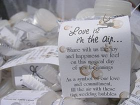 Cute Phrases For Your Wedding Bubble Favors