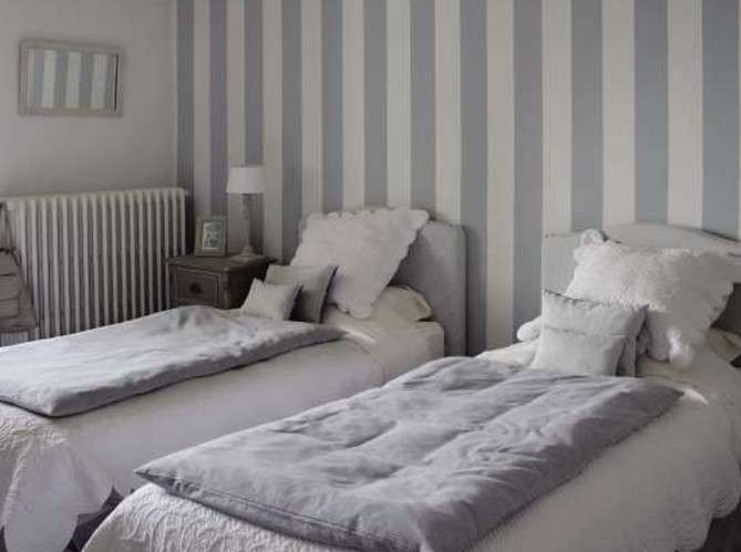 Pareti A Righe Grigie : Pareti a righe bedrooms shabby and bedrooms
