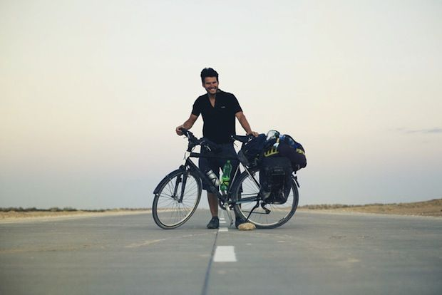 Photographer Embarks On 40 000km Bike Trek Around The World With His Camera Bike Trips Bicycle Cycling Adventures