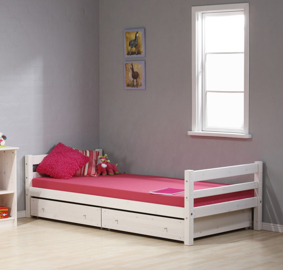 Bedroom Design Ideas For Teenage Girls With Drawer And Hardwood