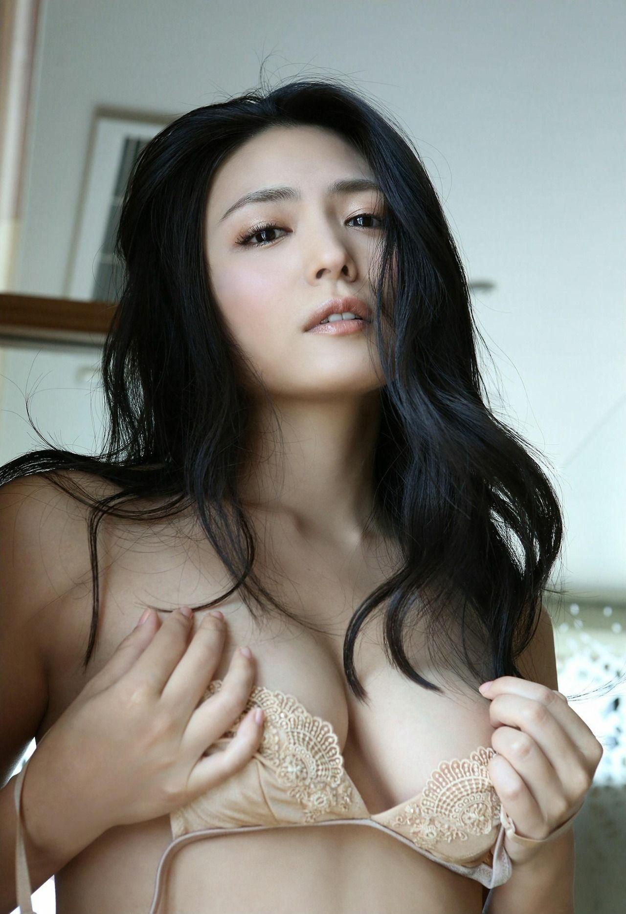 yukie kawamura  u5ddd u6751 u3086 u304d u3048