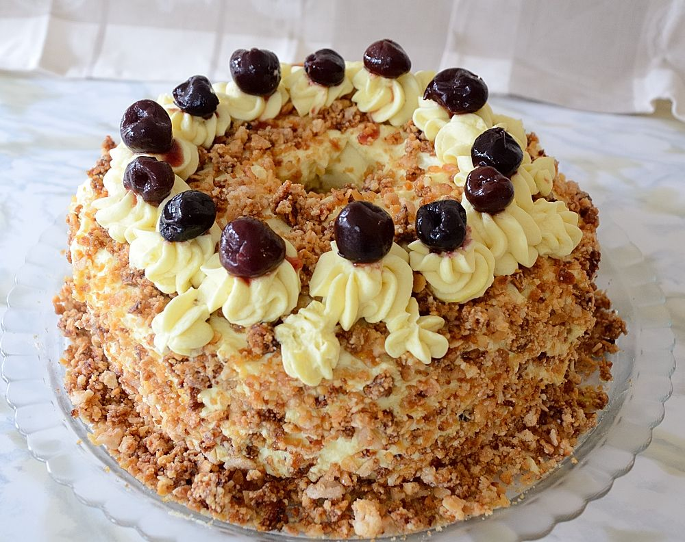 Frankfurter Wreath Cake (Frankfurter Kranz) - The Wine Lover's Kitchen
