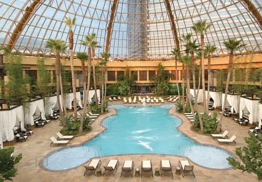 A classic Atlantic City resort, with a 24-hour casino, high-octane nightlife and an indoor pool