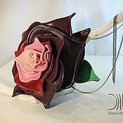 Сумки и аксессуары ручной работы. Ярмарка Мастеров - ручная работа сумочка на запястье, роза. Handmade.