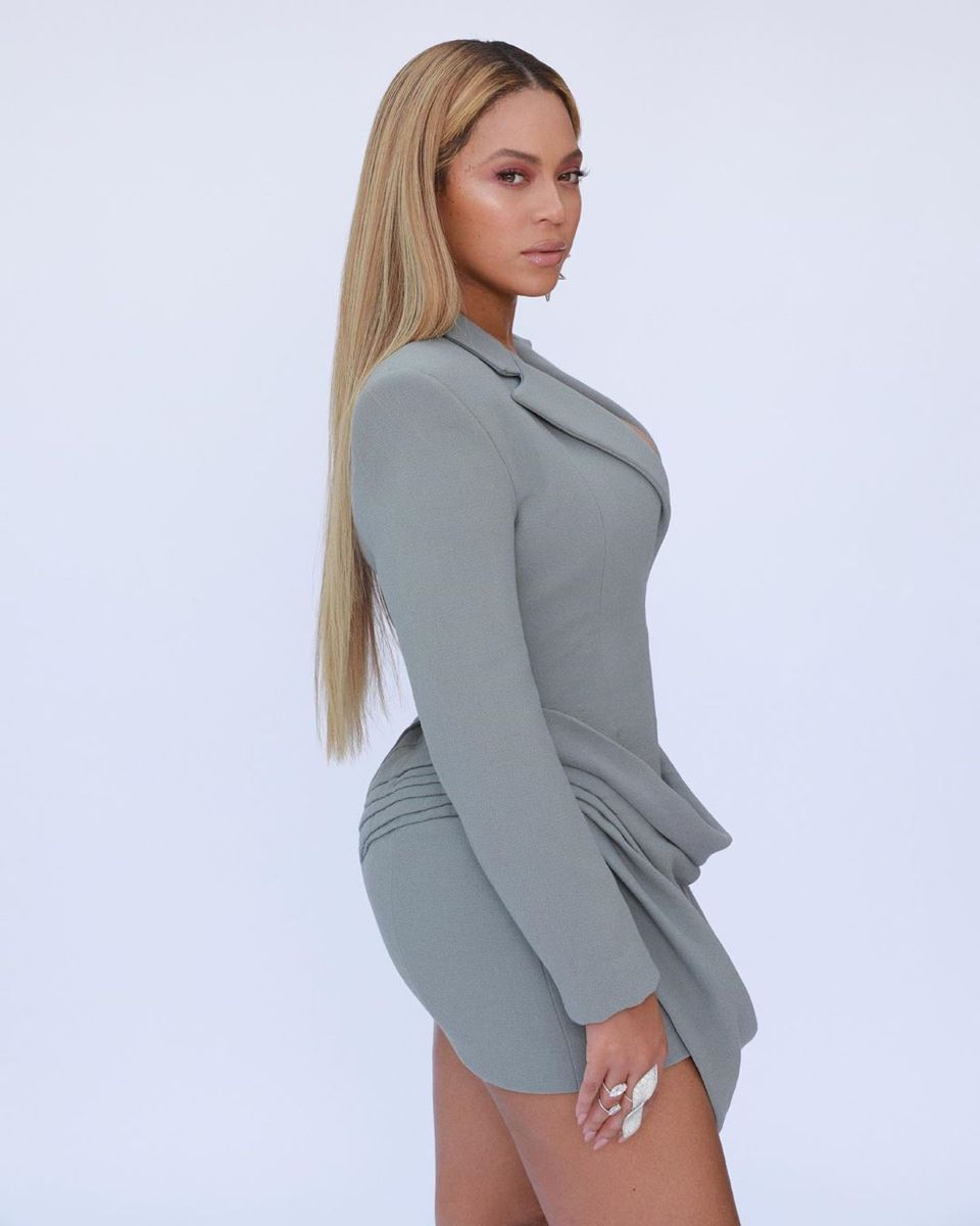 Pin By Yeve Anguiano On Beyonce Queen In 2020 Beyonce Style Beyonce Giselle Knowles Carter Beyonce Knowles Carter