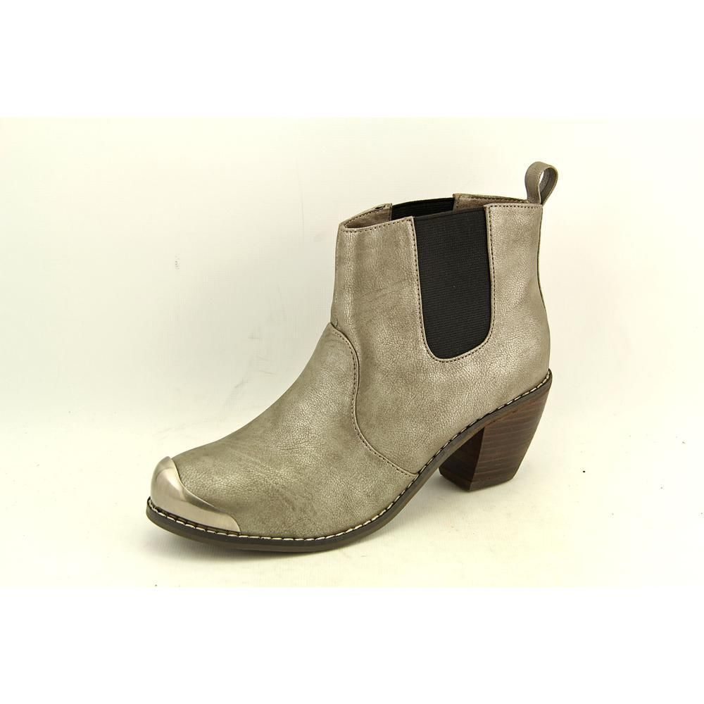 1e9ca6d4e29 Restricted Wyatt Womens Size 6 Silver Leather Fashion Ankle Boots  New Display  Restricted  FashionAnkle