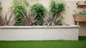 Custom Stucco Planter Walls Modern Landscape Orange County By Tru Landscape Serv Landscaping Retaining Walls Modern Landscaping Modern Landscape Design
