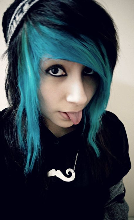 Have emo girls with black hair tumblr apologise, but