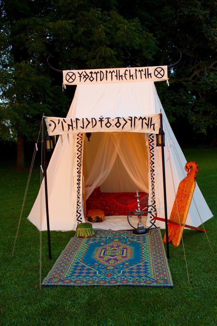Geteld Painted Decorations Sca Camping In 2019 Viking