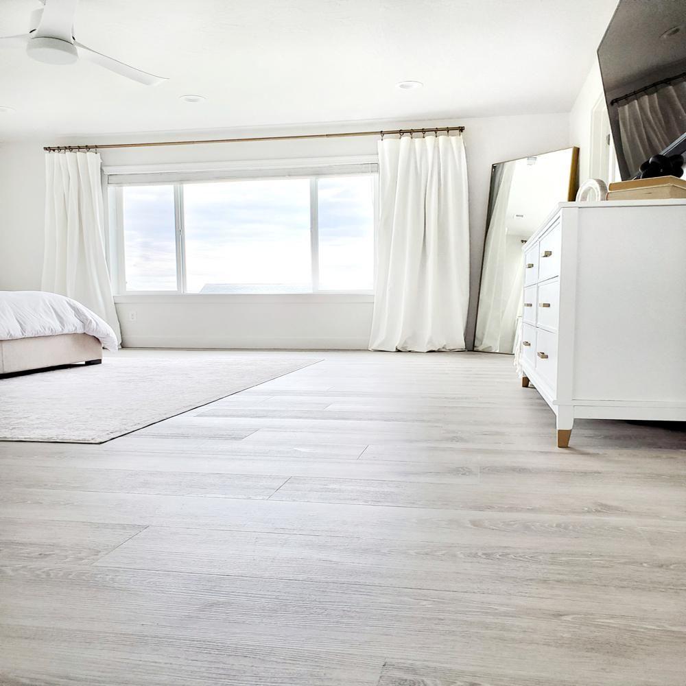 Lifeproof Beacon Oak Light 7 5 In X 48 In Luxury Rigid Vinyl Plank Flooring 17 55 Sq Ft Per C Vinyl Plank Flooring Luxury Vinyl Flooring Luxury Vinyl Plank