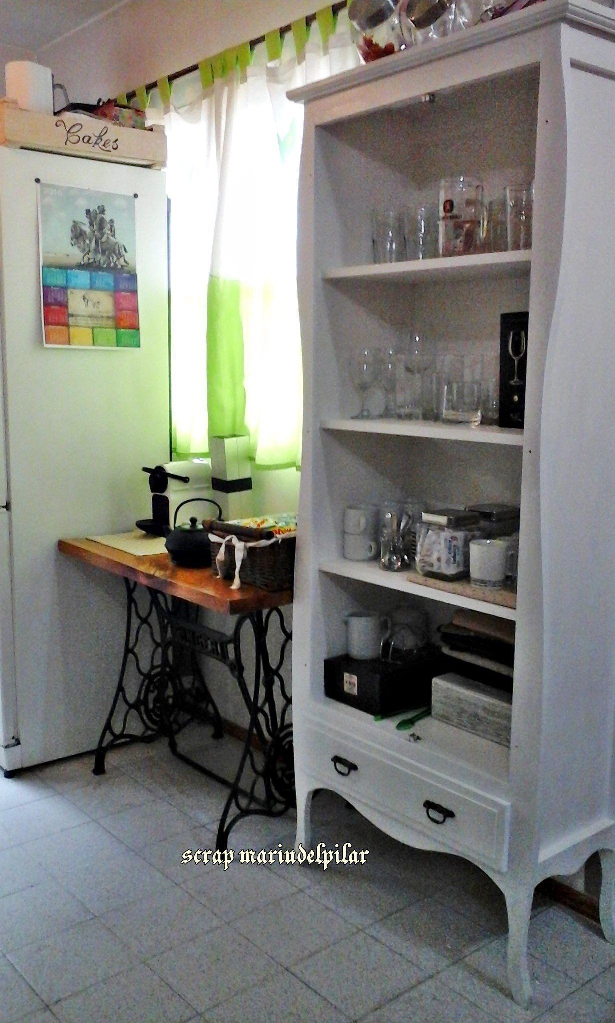 Vajillero vintage sin puertas pintado con pintura for Pintura satinada blanca para puertas