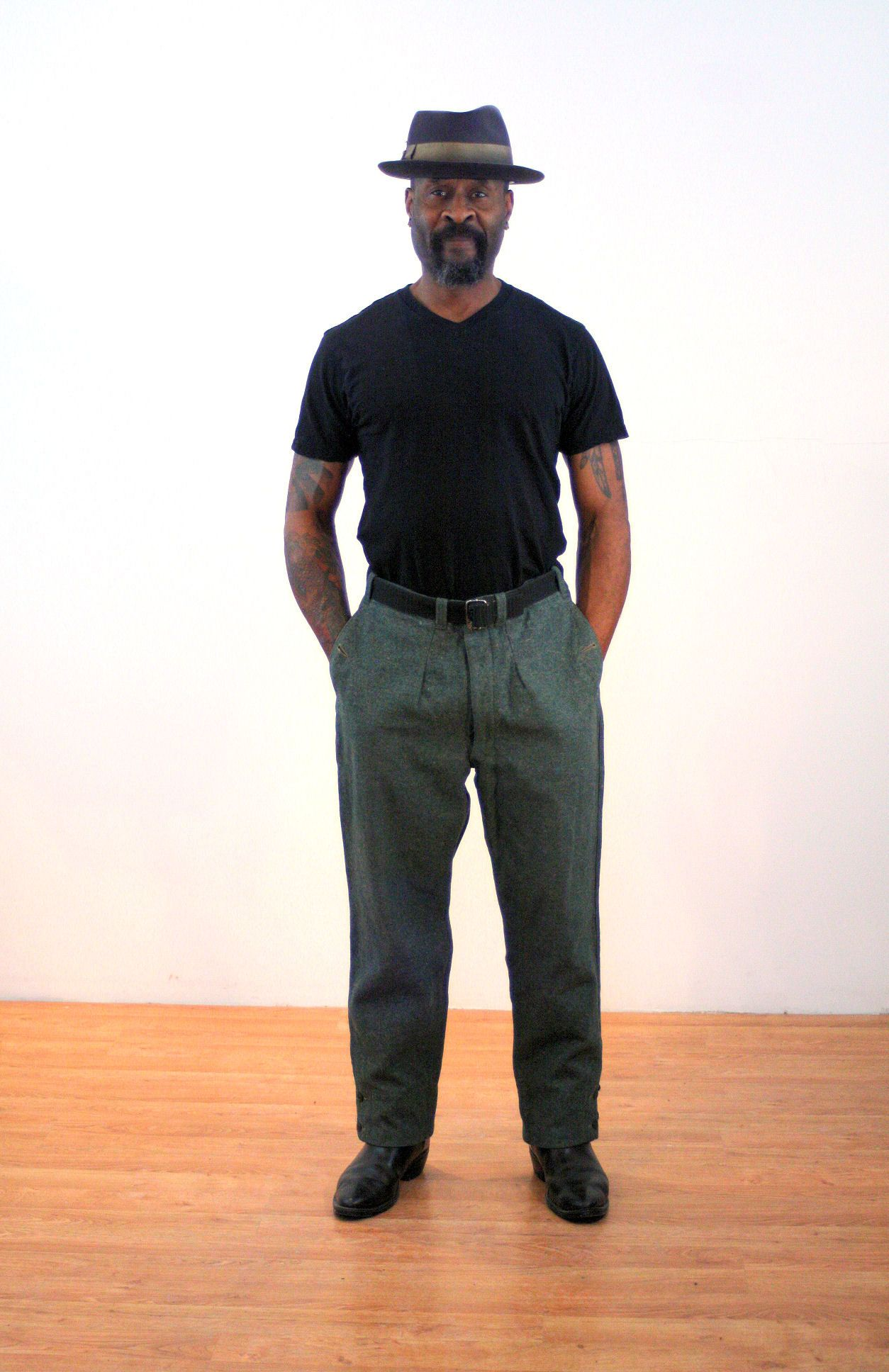 fe67372a0 80s Military Trousers 34 Waist