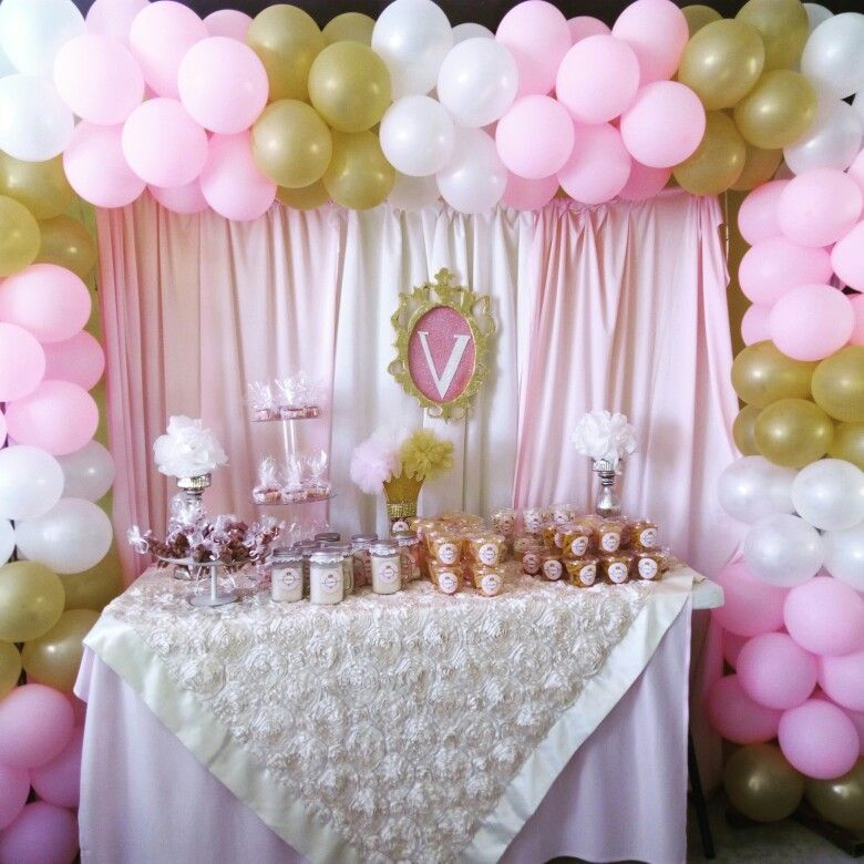 Decoracion con globos decoracion real rosa beige y dorado for Decoracion de cumpleanos rosa y dorado