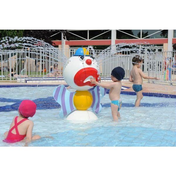 """Le bassin extérieur de la piscine de Blagnac<span class=""""normal italic"""">DR</span>"""