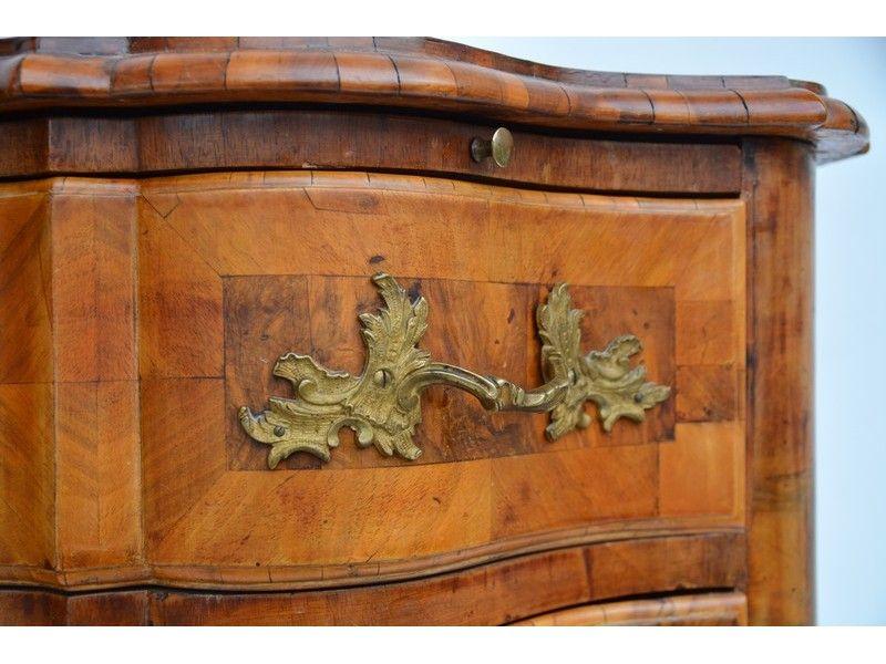 Antike Kommode Nussbaum Holz 2021