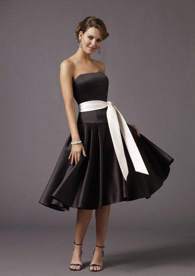 Photo of A-Line/Princess Strapless Tea-Length Satin Bridesmaid Dresse…