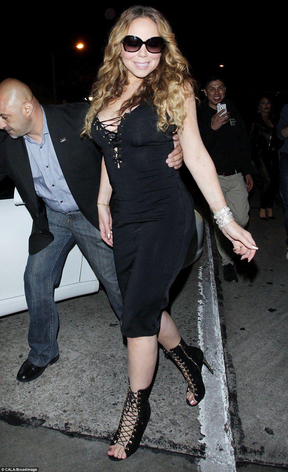 Wedding dress nip slip  Mariah Carey suffers embarrassing nipslip after dinner in NYC
