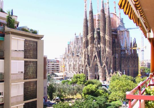 View At The Sagrada Familia From One Of Ours Apartments In Barcelona Perfect For Breakfast Time Sagrada Familia Skyline Places