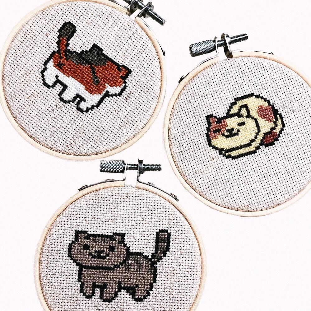 [FO] Made Neko Atsume ornaments as a Christmas gift to my