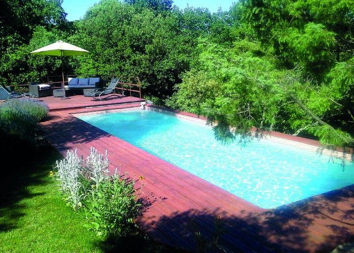 Installer soi-même une piscine en blocs à bancher Construction
