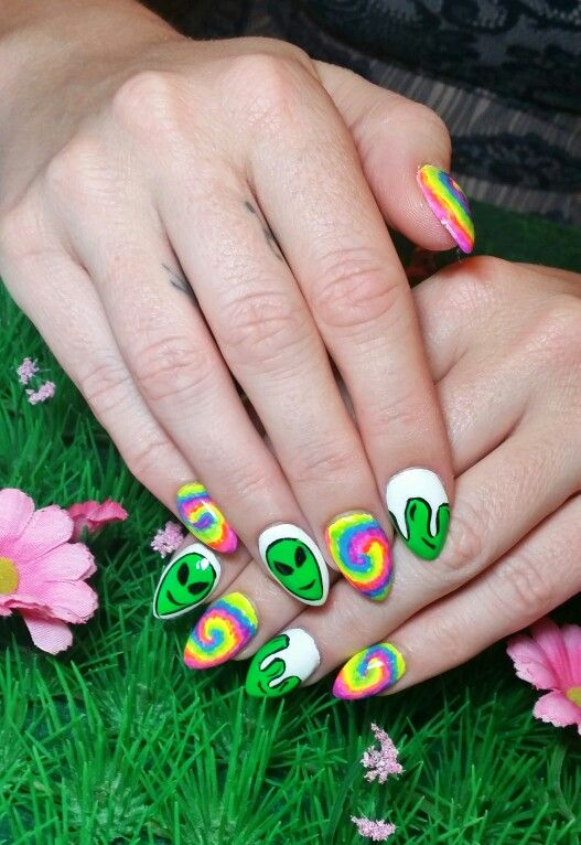Psychedelic Nail Art Featuring Tie Dye Aliens And Slime Www