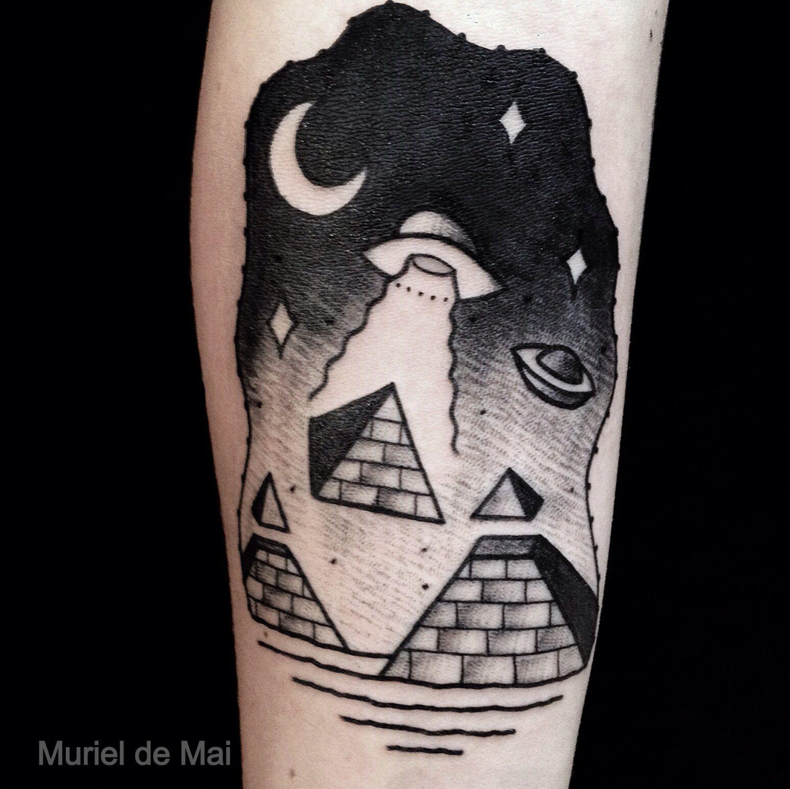 ufotattoo #ufo #tattoo #tattoos #blackworkers | Tatt♥♥s ...