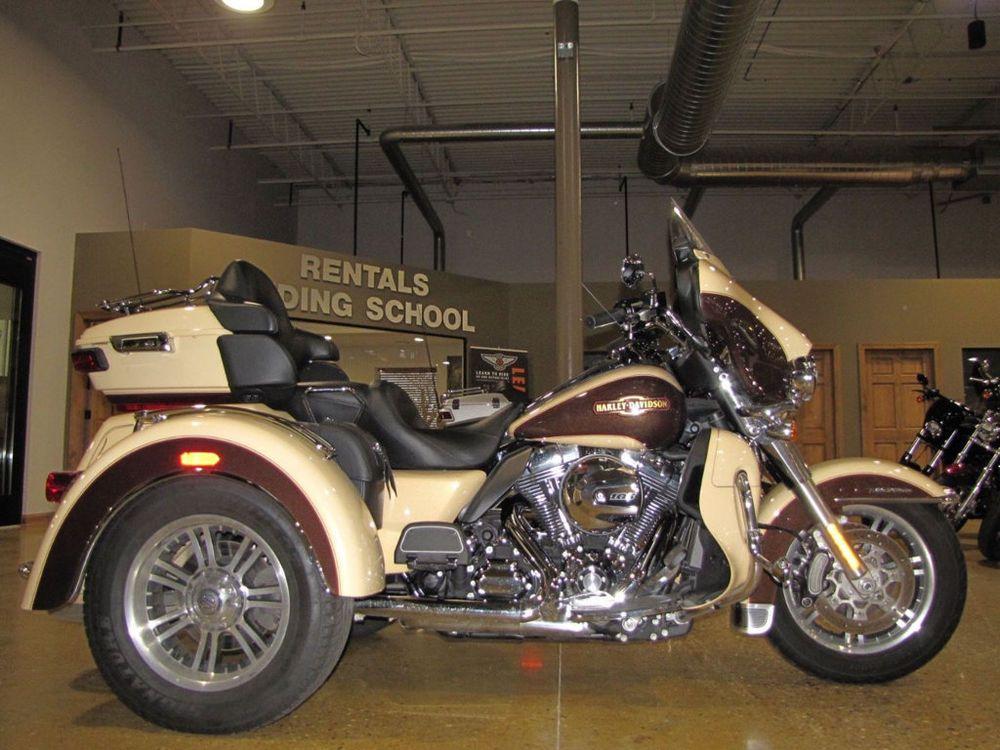 2014 HarleyDavidson Touring TRIGLIDE ULTRA TRIKE Harley