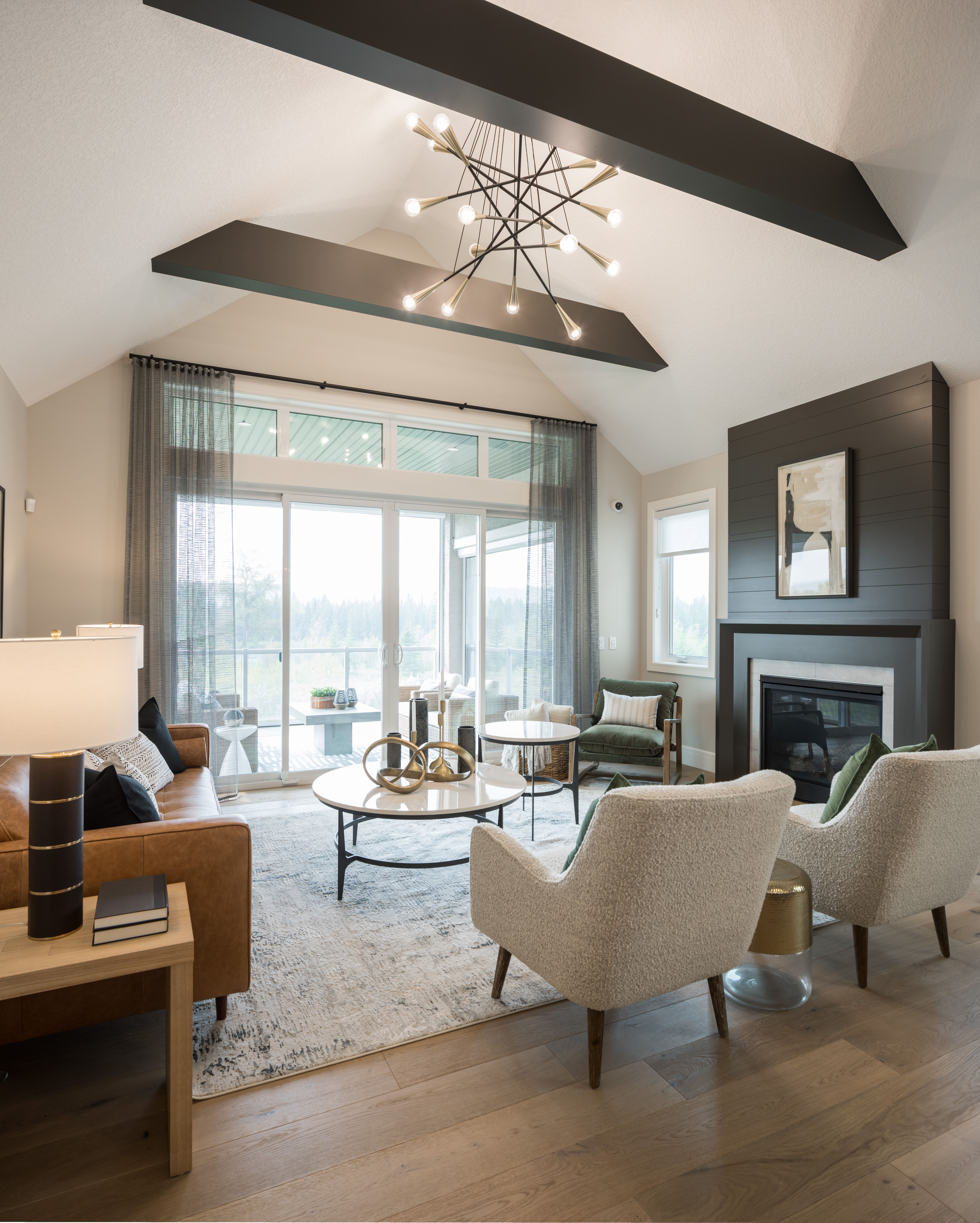 Projects Rochelle Cote The Great Room From 682 Riverstone Calbridge Homes Residential Design Interior Design Home [ 8193 x 6566 Pixel ]
