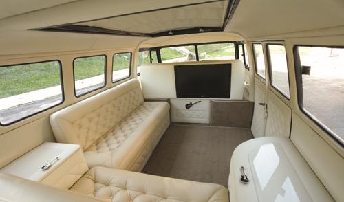 Kombi e cia kombi cruiser pinterest for Kombi van interior designs