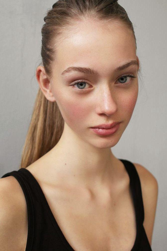Lauren de Graaf (Fresh Model Management)