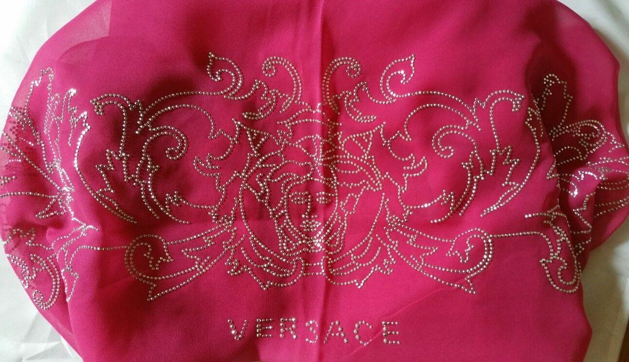 4fda9266bbf0 Etole rose Versace   Coups de Coeur   Achetez des articles de luxe neufs  certifiés
