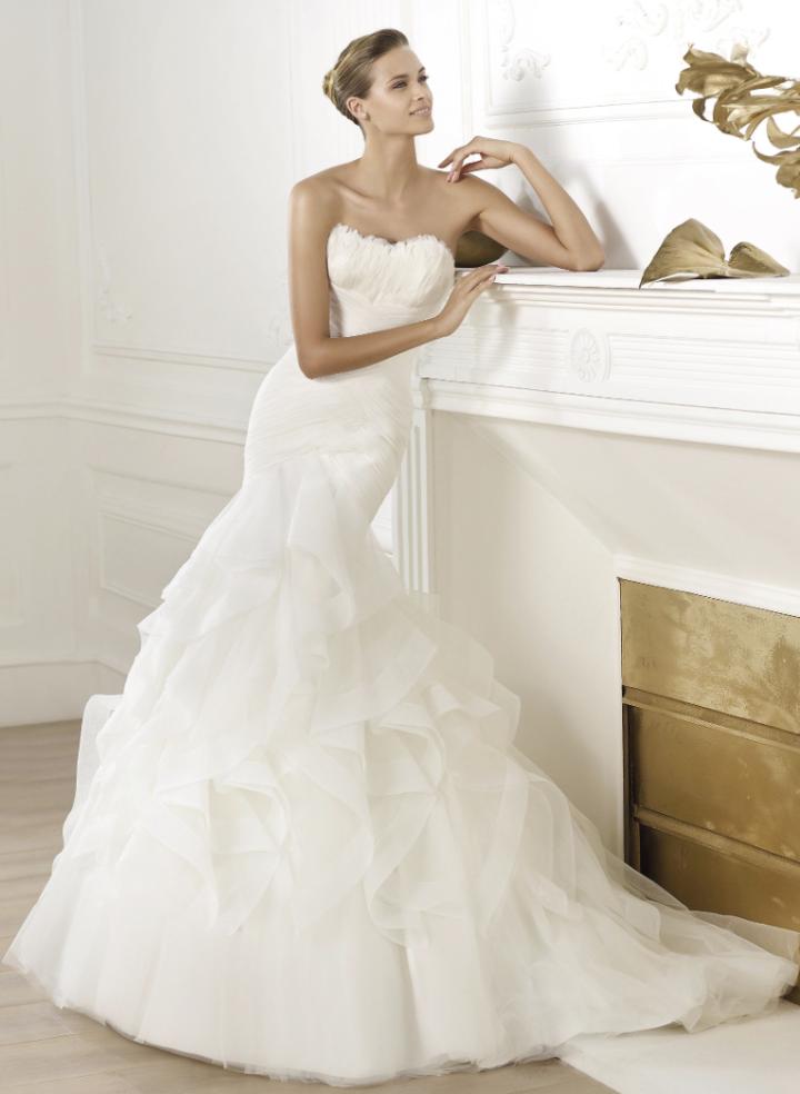 Svadobná róba Pronovias - KAMzaKRÁSOU.sk #kamzakrasou #krasa #love #holiday #wedding #dress #weddingdress #weddingday #weddingdecoration #weddingcelebration