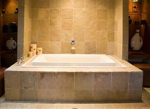 A great buying guide for tubs. It explains the different kinds of installations also