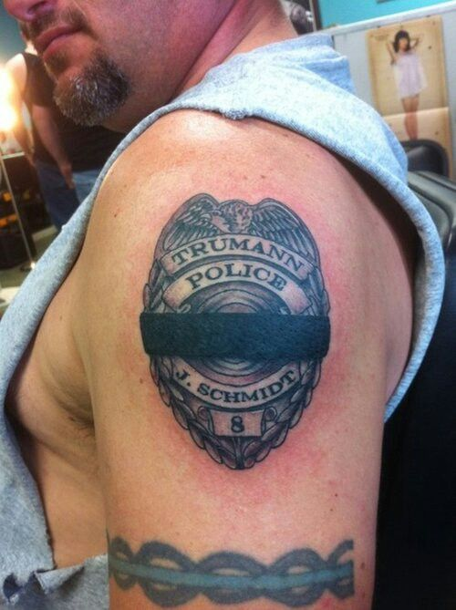 Memorial badge tattoo tattoos pinterest badges for Law enforcement memorial tattoo