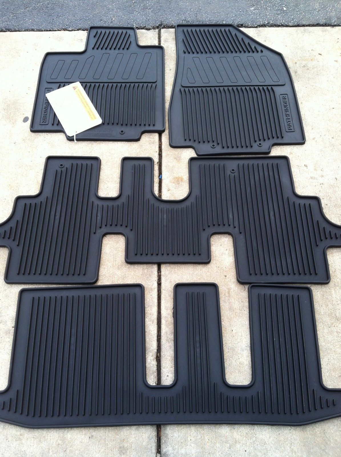 New Oem 2013 2017 Nissan Pathfinder Black 4pc Rubber All Weather Floor Mats Motors Parts Accessories 999e1 Nissan Pathfinder 2017 Nissan Pathfinder Nissan