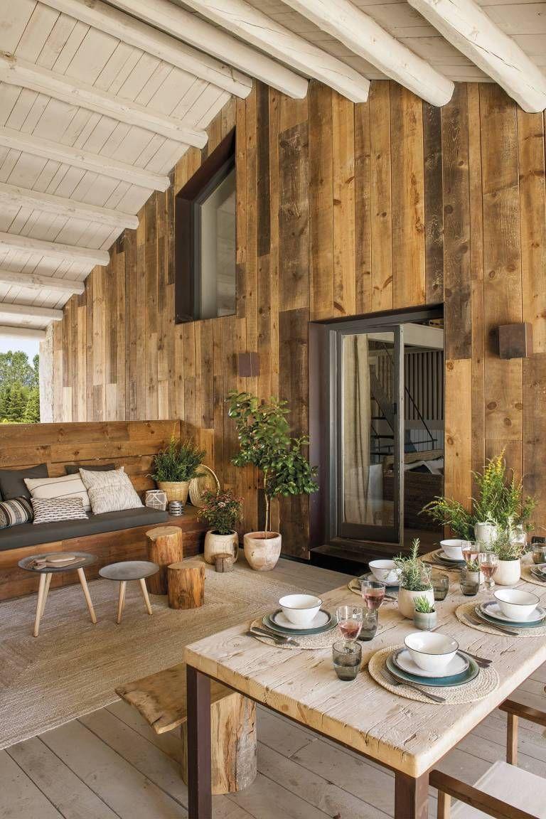 Cette Ancienne Grange A Ete Transformee En Une Merveilleuse Maison Par Des Designers Planete Deco A Homes World En 2020 Maison Rustique Maison Amenagement Maison