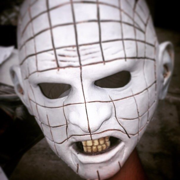 Hellraiser III  mask #ghoulishproductions #mask #hellraiser #miramax #halloween #halloweenmask #halloweencostume #halloweenparty #costume #cosplay #hell #monster#movie #latexmask #latex #madeinmexico