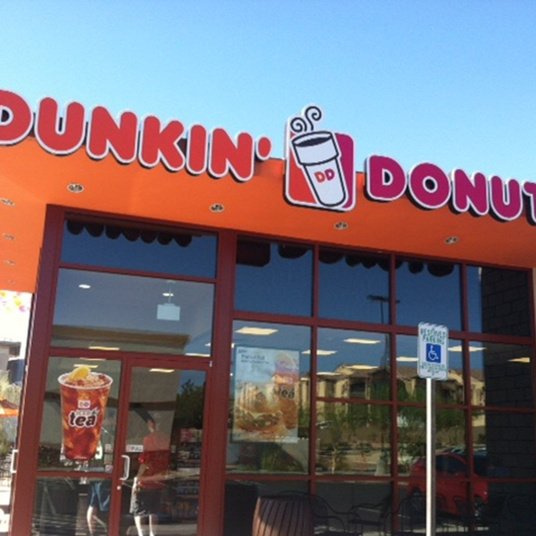 Dunkin donuts las vegas celebrates grand opening with