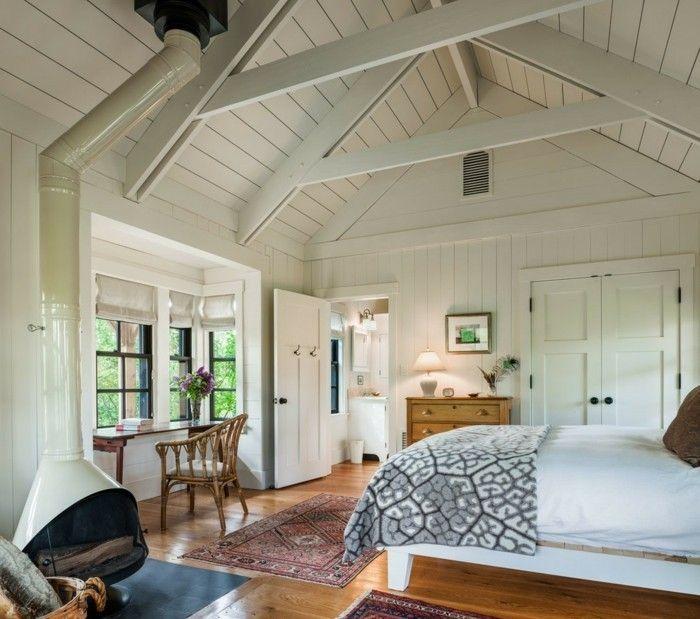 schlafzimmer landhausstil typische deckengestaltung und holzboden ...