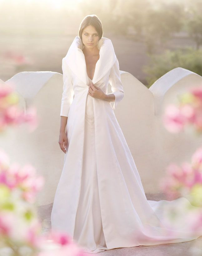 A Great Coat To Wear Over Your Dress When You Re Taking Pictures Outside Winter Wedding Weddingdress