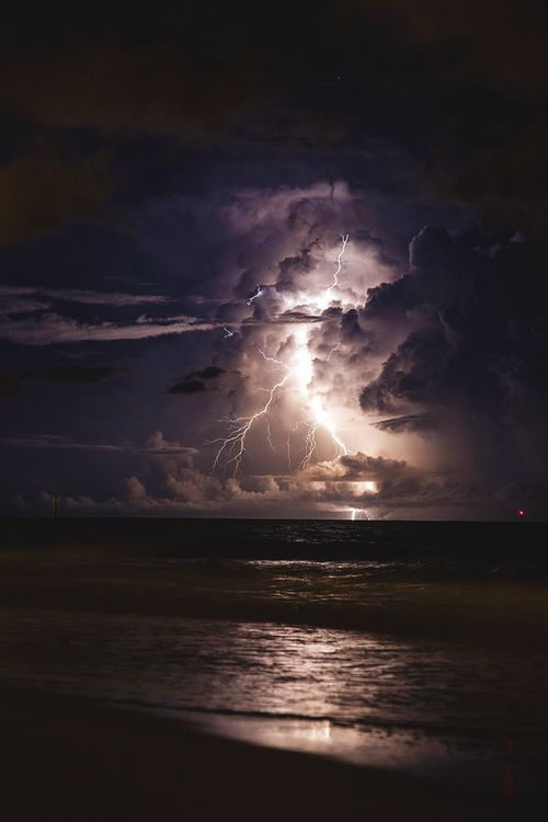 Really beautiful! | thunderstorm | | nature | | amazingnature | #nature #amazingnature https://biopop.com/