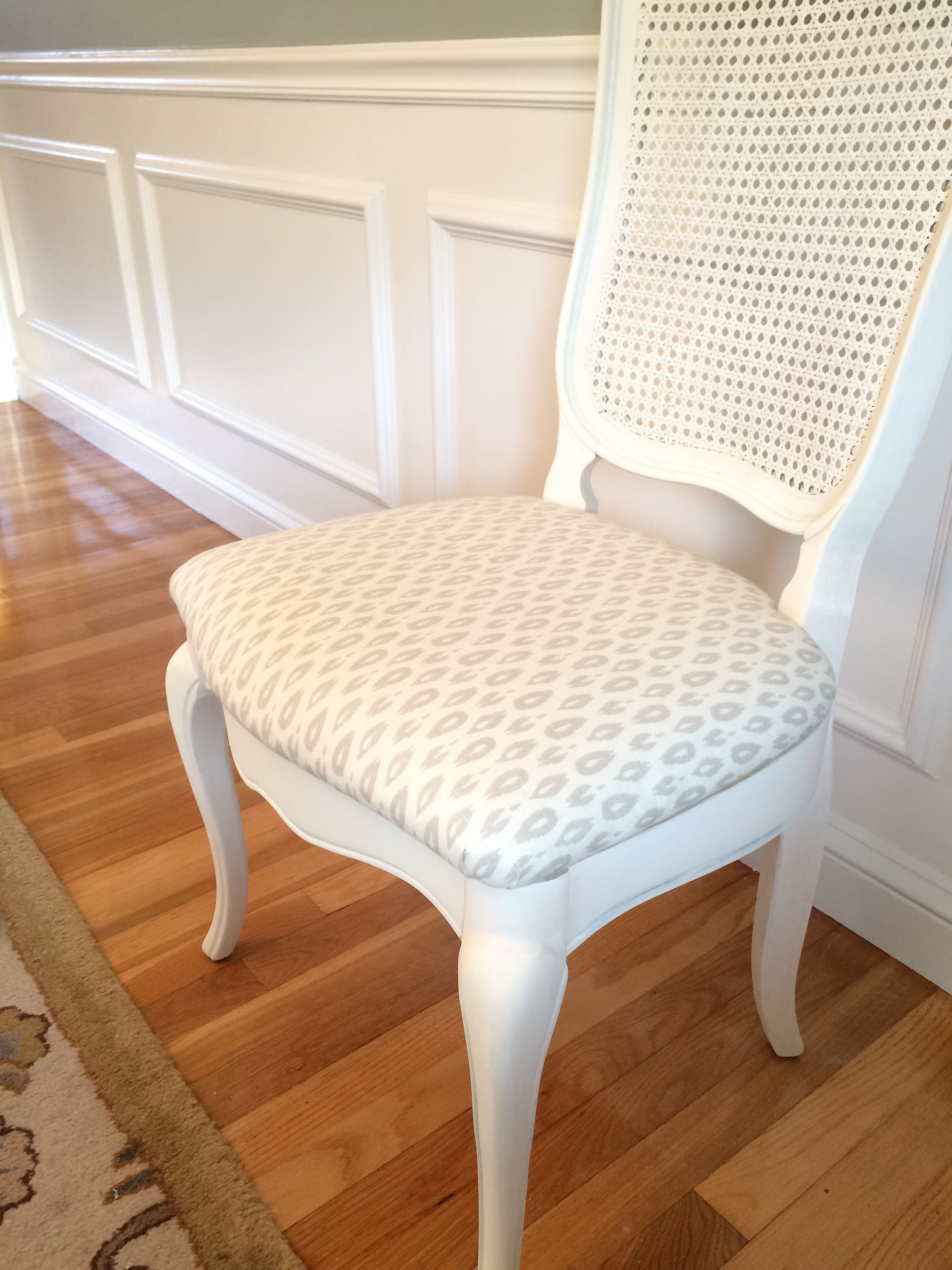 How to Reupholster a Dining Chair Seat (with Pictures ...