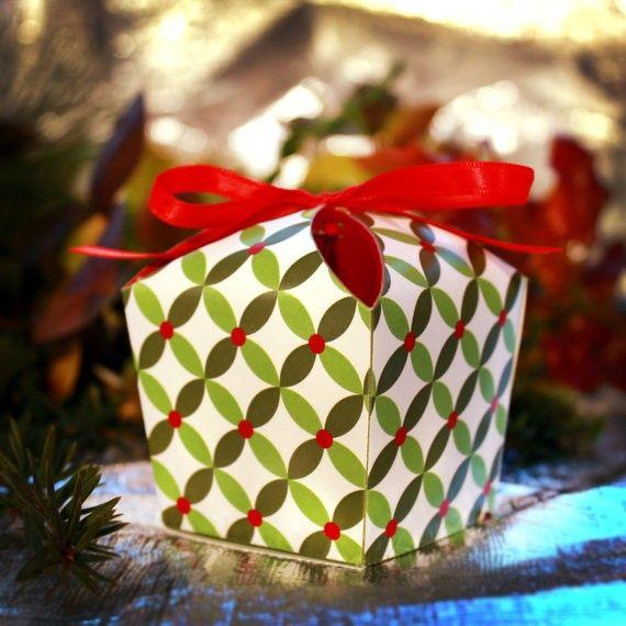 Diy Christmas Favor Boxes : Easy homemade christmas gift box templates holiday