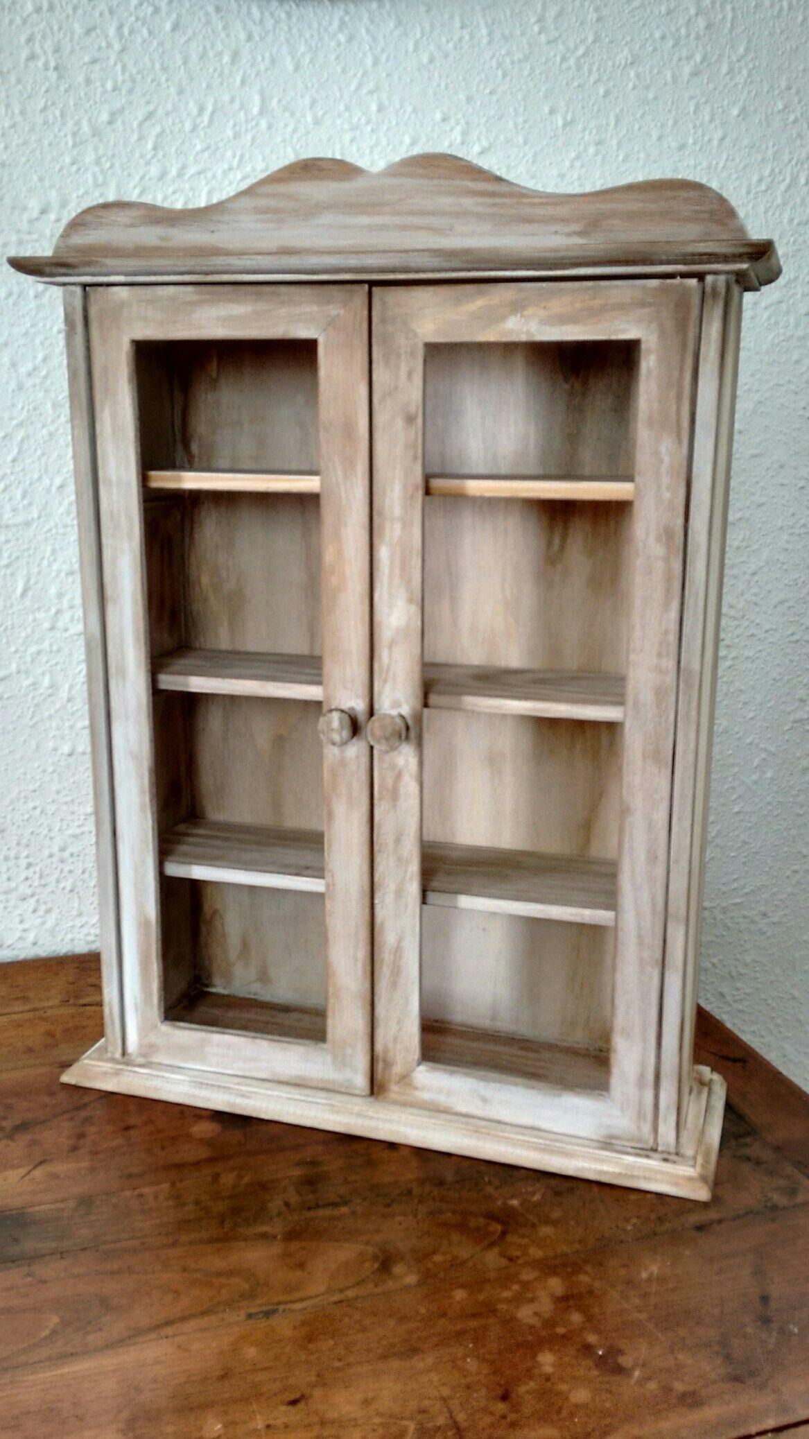 Vitrina de madera envejecida ideas para el hogar - Vitrinas para miniaturas ...